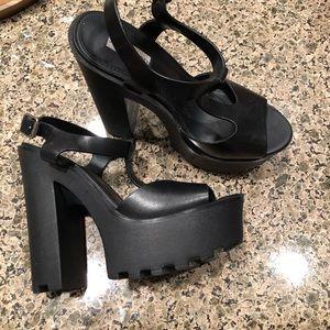 Steve Madden black high heels 8.5 Girl Talk